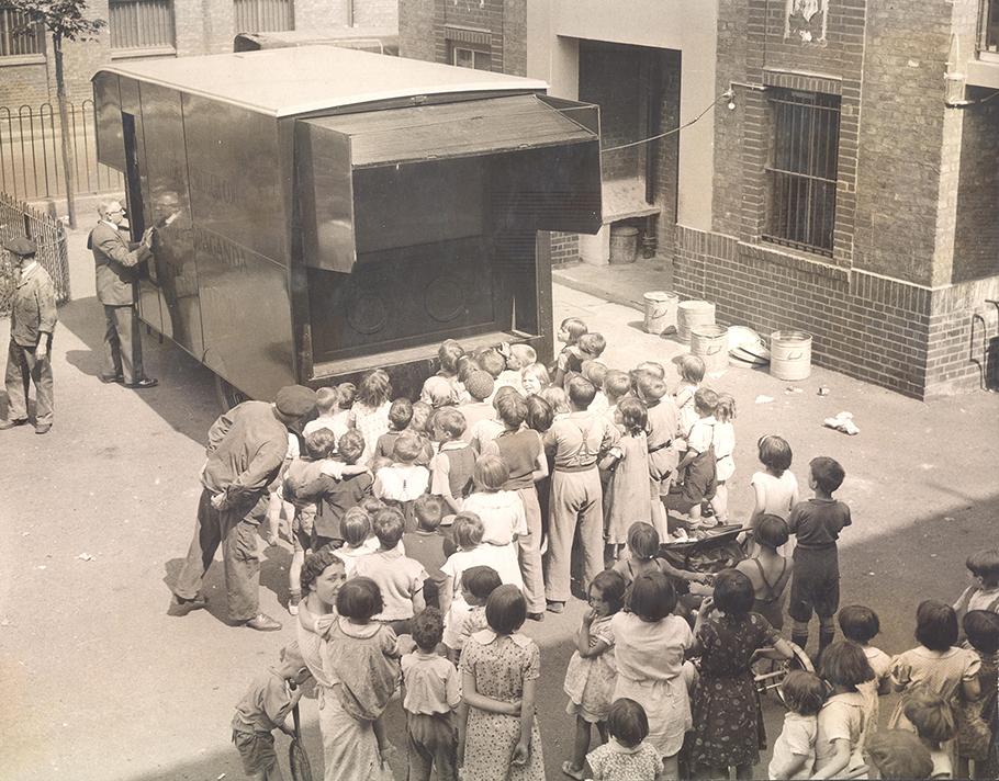 Cinemotor van, Bermondsey, 1937