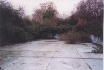 Southwark Park - derelict lido 2001