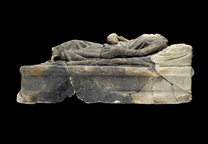 Roman Cinerary chest lid (C15232)