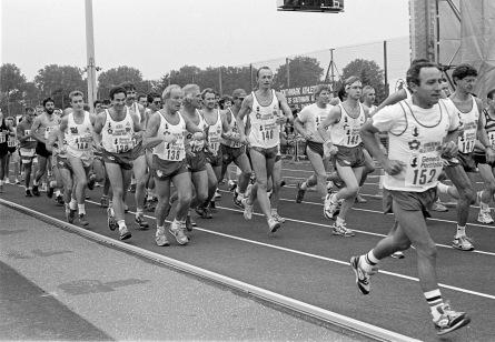 Sports_at_Southwark_Park_1989_10_02_0024
